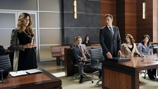 The Good Wife 04x03 : Two Girls, One Code- Seriesaddict